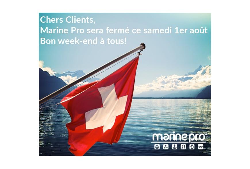 1er Août. Le magasin Marine Pro est fermé